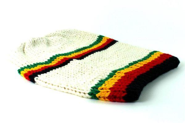 Grand Bonnet Blanc Laine et Coton Avec Deux Liserés couleurs Rasta Vert Jaune Ro