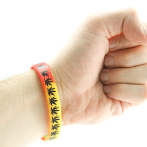 Bracelet Latex Naturel Vert Jaune Rouge Feuilles Marijuana