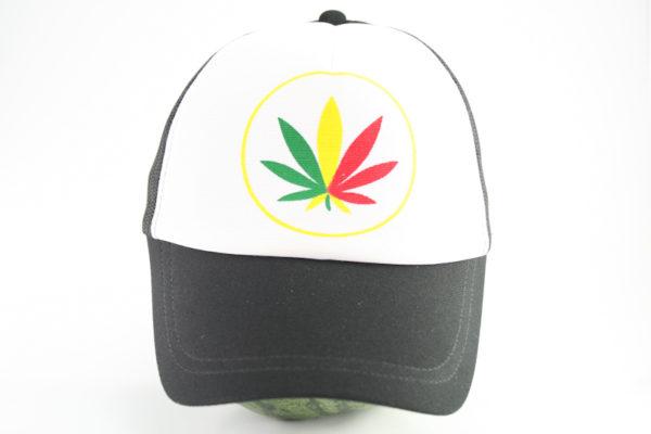 Casquette Noire et Blanche Feuille de Marijuana Vert Jaune Rouge