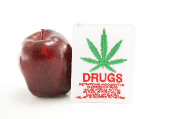 Ecusson Brodé Drugs Trafic et Consommation de Drogue