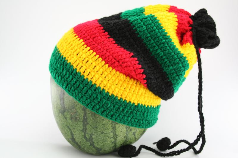 bonnet fourreau ou cache cou tricot laine vert jaune. Black Bedroom Furniture Sets. Home Design Ideas