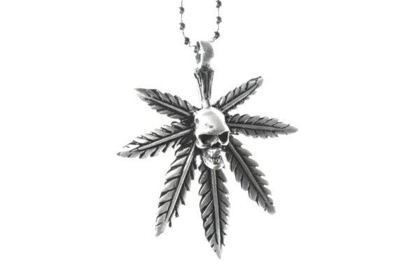 Pendentif Cannabis et Crâne Collier Perles Métalliques