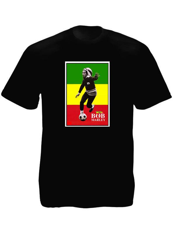 T-Shirt Noir Bob Marley Joue Football Drapeau Rasta Vert Jaune et Rouge